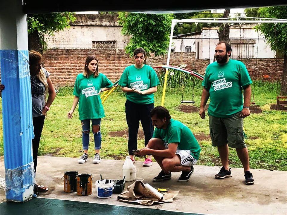 Militancia y solidaridad: La Cámpora Mercedes pintó el Jardín 914 - Noticias Mercedinas