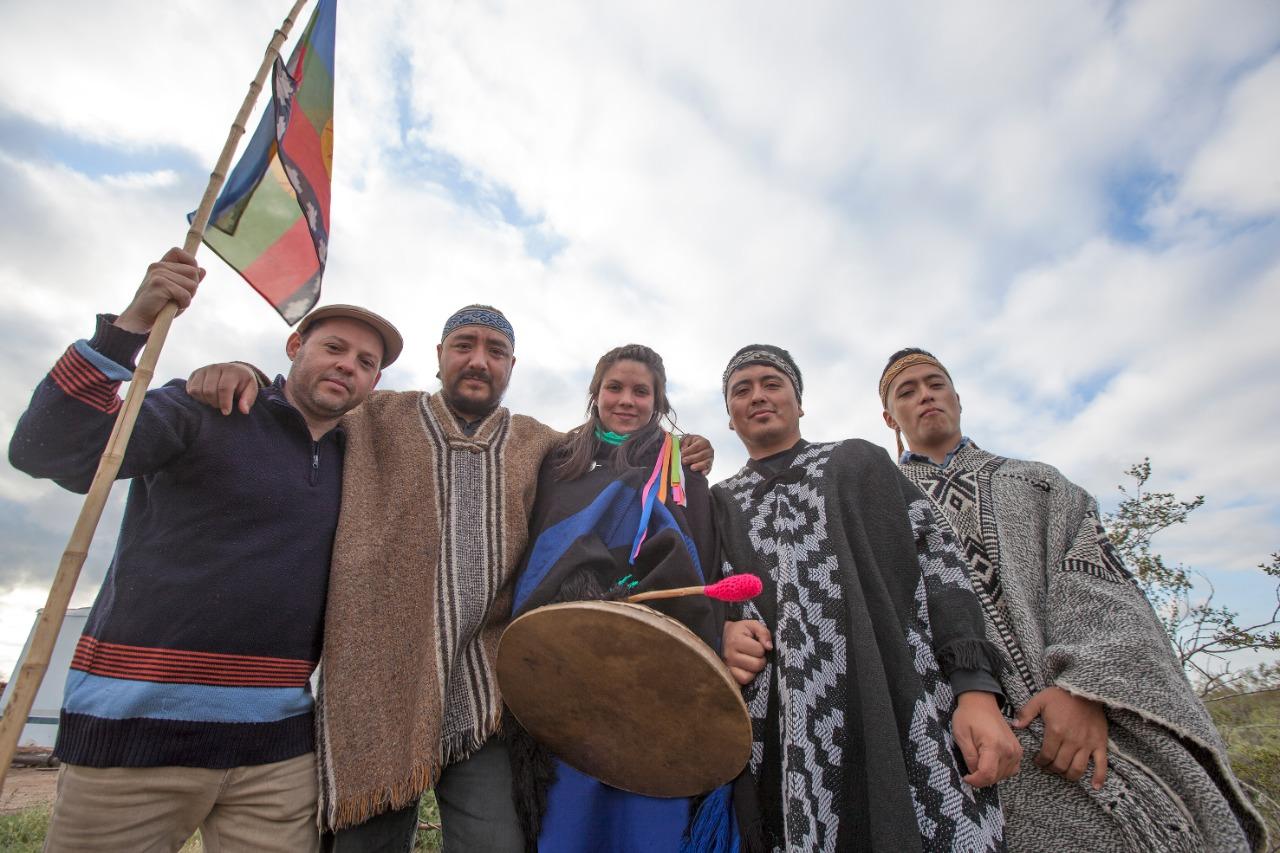 Pura Tierra, Leo Villagra y Puel Kona, este domingo en La Colmena - Noticias Mercedinas